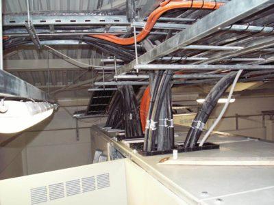Герметичная прокладка кабелей