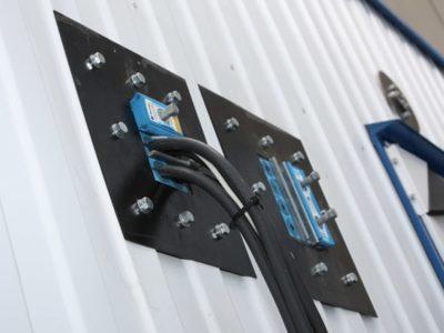 Ввод кабеля в блок-бокс