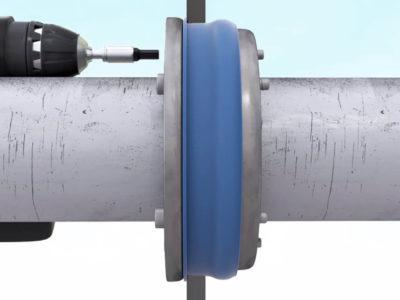Монтаж герметичной гильзы для труб