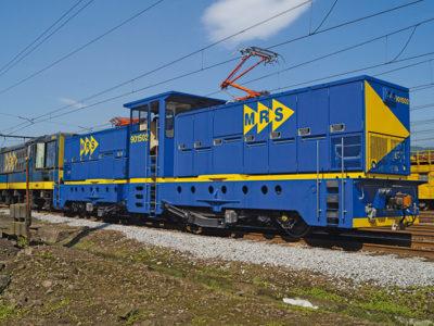 Кабельный ввод на локомотиве